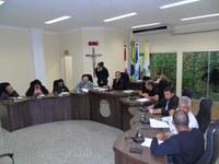 Vereadores aprovam pagamento da primeira parcela do 13º Salário aos servidores municipais